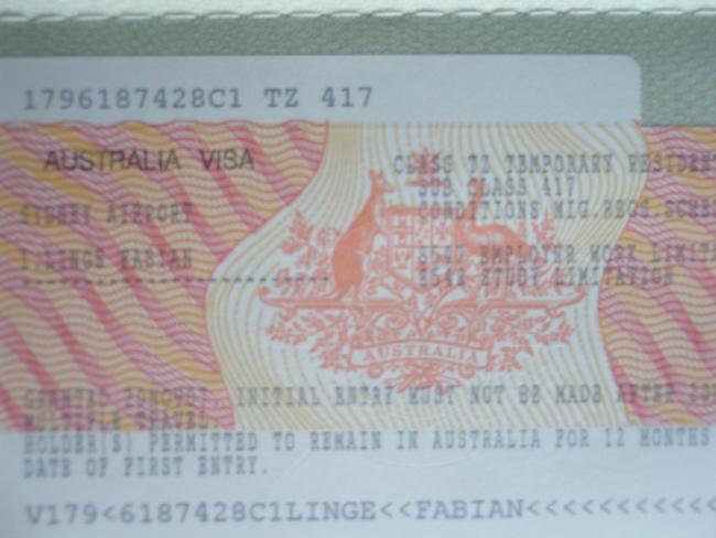 Visa-Sticker im Reisepass